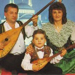 Bosnian folk music band Senada and Halil.